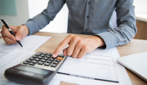 Φορολογικό: Μεγάλες ανατροπές από το 2020. Οι συντελεστές, οι εκπτώσεις φόρου και οι κλίμακες