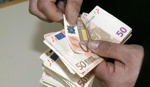 Μπαράζ πληρωμών την Πέμπτη - Ποιοι θα δουν χρήματα στους λογαριασμούς τους
