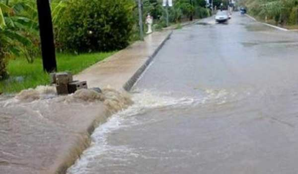 Πλημμύρες, κατολισθήσεις και εκκενώσεις σπιτιών στην Ηλεία