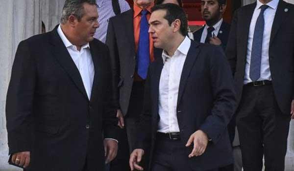 Τσίπρας: Ζητώ ψήφο εμπιστοσύνης από τη Βουλή. Καμμένος: Δεν τη δίνουμε