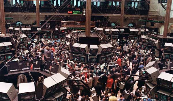 Wall Street: Η πιο βίαιη εβδομαδιαία πτώση από την εποχή της Lehman!