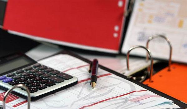 Ληξιπρόθεσμα χρέη: Έρχονται Κέντρα Εισπράξεων για μικρομεσαίους οφειλέτες