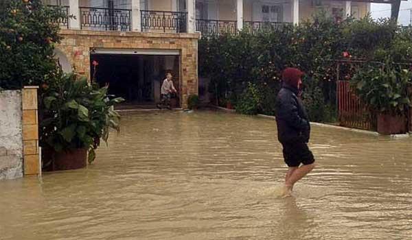 Πλημμύρες και κατολισθήσεις προκάλεσε η κακοκαιρία στη Ζάκυνθο