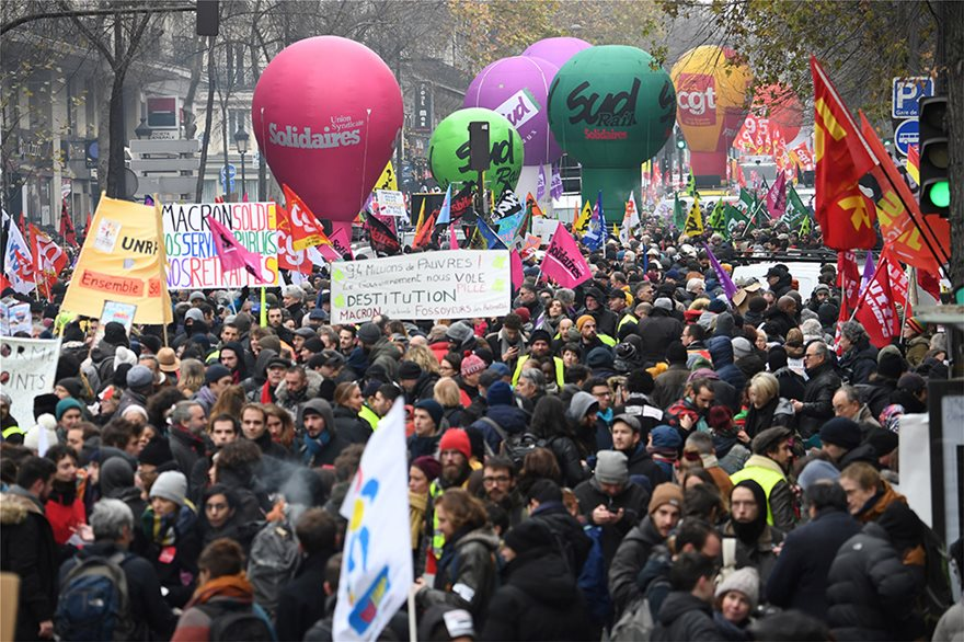 Γενική απεργία στην Γαλλία για το συνταξιοδοτικό. Λουκέτο και στον Πύργο του Άιφελ