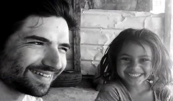 Η 8χρονη που γύρισε σπίτι με 60.000 και η εξήγηση της έγινε viral σε όλο τον κόσμο