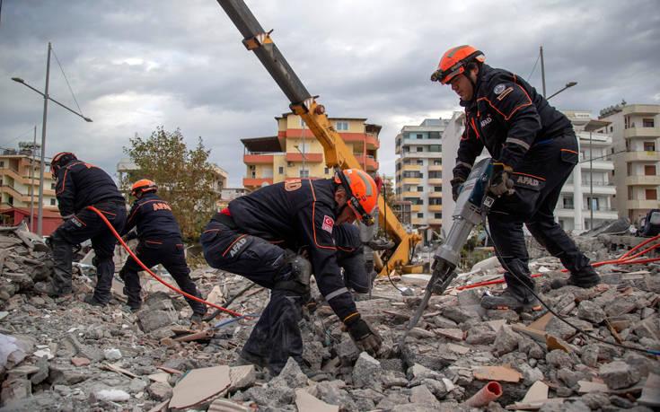 Φονικός σεισμός στην Αλβανία: 45 οι νεκροί, τουλάχιστον 900 οι τραυματίες