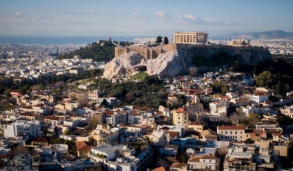 Κολομβιανοί τουρίστες ξεκίνησαν για την Αθήνα αλλά μπέρδεψαν χώρα και ονόματα