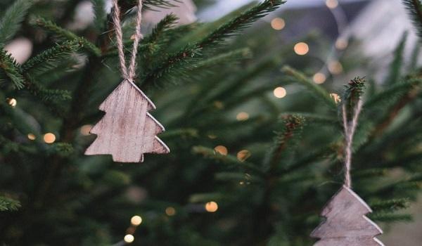 Αυτή είναι η μέθοδος για να δημιουργηθεί το τέλειο Χριστουγεννιάτικο δένδρο