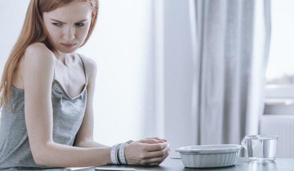 H διατροφική συνήθεια που συνδέεται άμεσα με την κατάθλιψη