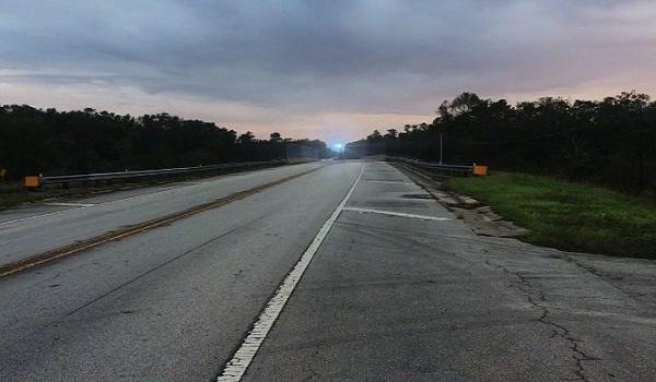 Το μυστήριο με τα φώτα που «κυνηγούν ανθρώπους» στους δρόμους της Φλόριντα