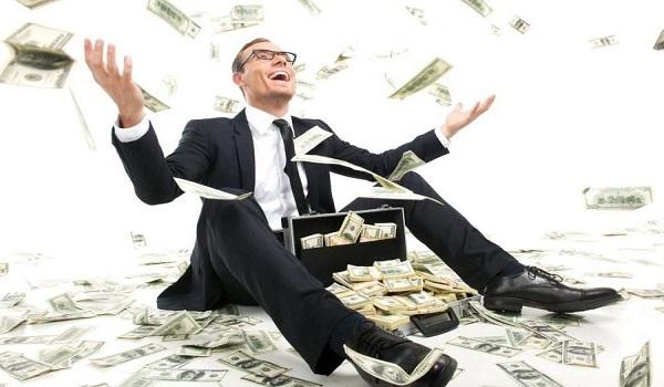 """Τα δικαστήρια """"σβήνουν"""" σωρηδόν τα φορο-πρόστιμα των πλουσίων!"""