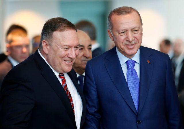 Λιβύη: Αιφνίδια αποχώρηση Ερντογάν από τη Διάσκεψη του Βερολίνου