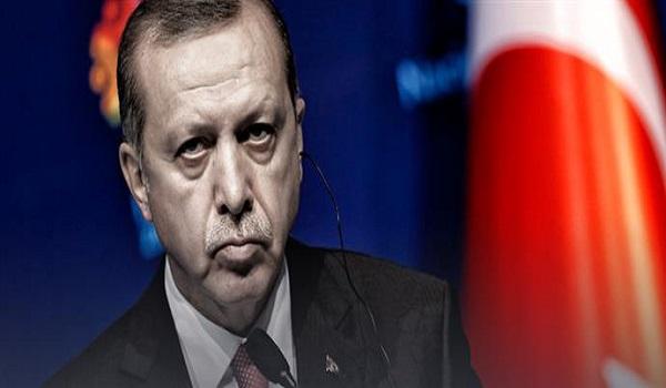 Bloomberg: Η κόντρα με τις ΗΠΑ και  οι νέοι φίλοι του Ερντογάν
