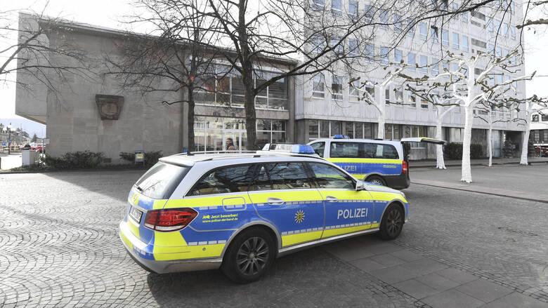 Συναγερμός στη Γερμανία: Εκκενώνονται δημαρχεία σε διάφορες πόλεις