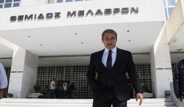 Δίωξη κατά Λοβέρδου για την υπόθεση Novartis παρήγγειλε η Εισαγγελία κατά της Διαφθοράς