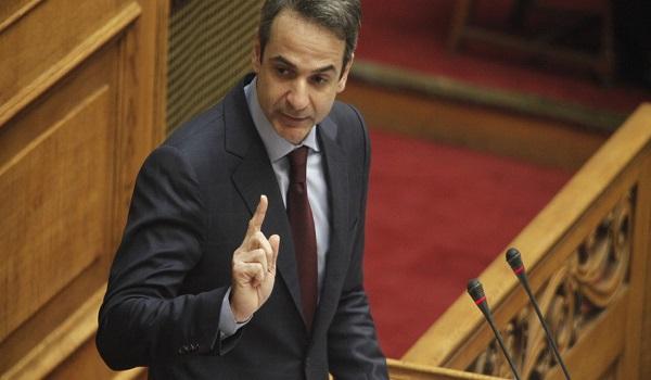 Μητσοτάκης: Ο Τσίπρας χρησιμοποιεί τη συνταγματική αναθεώρηση σαν εργαλείο