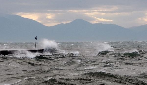 """Η """"Χιόνη"""" φέρνει μαζί της 10 μποφόρ. Συναγερμός για Εύβοια, Ανατ. Αττική και νησιά"""