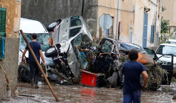 Στους 12 οι νεκροί από τη θύελλα στη Μαγιόρκα