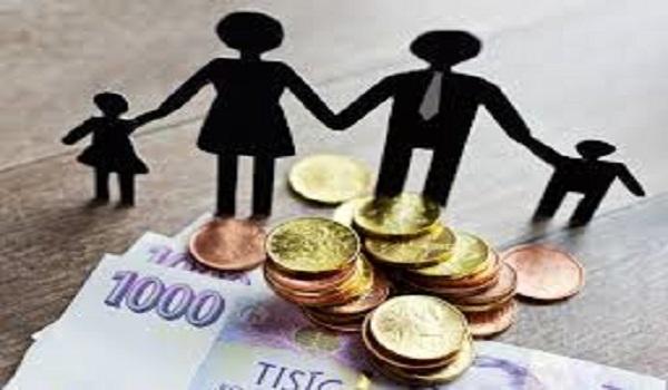 Ποιες μητέρες δικαιούνται επίδομα 1.000 ευρώ από τον ΟΠΕΚΑ