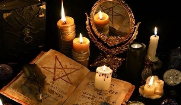 Ο σατανιστής της Γλυφάδας και η άτυχη κοπέλα που βρέθηκε στο δρόμο του |  Madata.GR