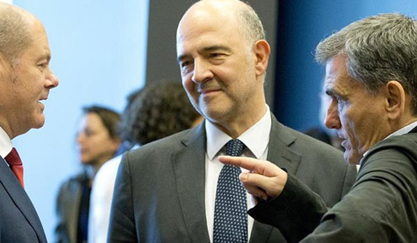 """""""Κίτρινη κάρτα"""" για τις παροχές - Δύσκολο προμηνύεται το Eurogroup της 13ης Ιουνίου"""
