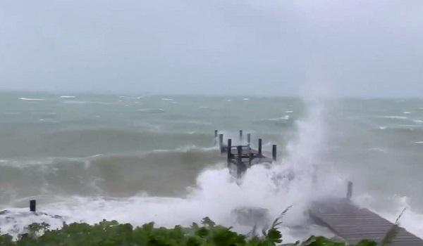 Μπαχάμες: Τουλάχιστον 45 άνθρωποι έχασαν τη ζωή τους από τον κυκλώνα Ντόριαν