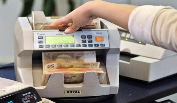 Συναλλαγές στις τράπεζες: Αλλάζουν όλα λόγω του κορονοϊού - Ποιες κόβονται από τα ταμεία