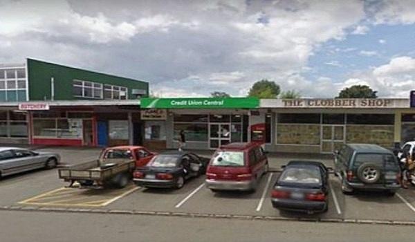 Η πόλη που ξέμεινε εντελώς από χρήματα επειδή της έκλεψαν το μοναδικό ATM