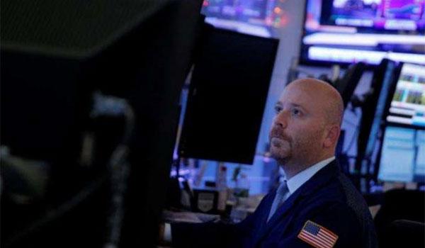 Ανησυχίες για την παγκόσμια οικονομία κοκκίνισαν τη Wall Street