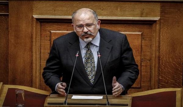 Ξυδάκης: Αν ο Ζάεφ συνεχίσει, μπορούμε να σπάσουμε τη συμφωνία των Πρεσπών