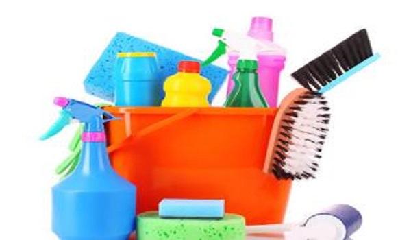 Χλωρίνη στο καθάρισμα: Πιθανός κίνδυνος για ανθρώπους και κατοικίδια