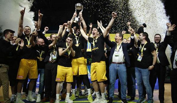 Παγκόσμια πρωταθλήτρια η AEK νίκησε στον τελικό του Διηπειρωτικού