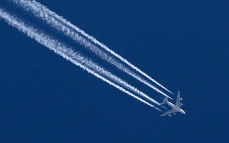 Ένα μήνυμα σε χαρτοπετσέτες προκάλεσε τρόμο στους επιβάτες αεροπλάνου
