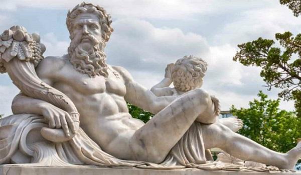 Ο καθηγητής που παρατήρησε κάτι στα Ελληνικά αγάλματα που δεν είχε δει κανείς