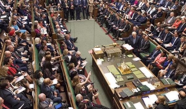 Bretix: Δύο προτάσεις και 2 τροπολογίες το Σάββατο στη βρετανική Βουλή