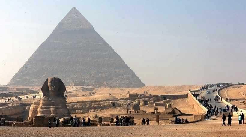 Αιγύπτιοι αρχαιολόγοι ανακάλυψαν ταφικό θάλαμο 4.000 ετών