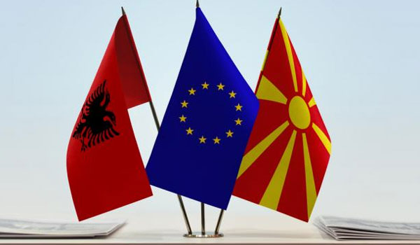 """""""Μπλόκο"""" στην ένταξη Αλβανίας και Β. Μακεδονίας στην ΕΕ. Στις Βρυξέλλες σπεύδει ο Ζάεφ"""