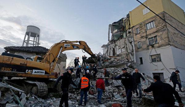 Αλβανία: Η ΕΕ ενεργοποίησε τον Μηχανισμό Πολιτικής Προστασίας-Στους 42 ο αριθμός των διασωθέντων
