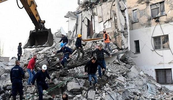 Σεισμός στην Αλβανία: Επιστρέφει η ΕΜΑΚ, αναχωρεί κλιμάκιο πολιτικών μηχανικών