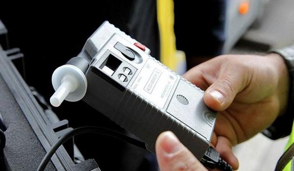 Λαμία: Οδηγούσε σε ημιλιπόθυμη κατάσταση από το αλκοόλ