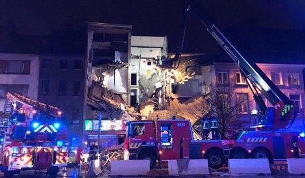 Κατέρρευσε πολυκατοικία στην Αμβέρσα μετά από έκρηξη. Πάνω από 14 οι τραυματίες