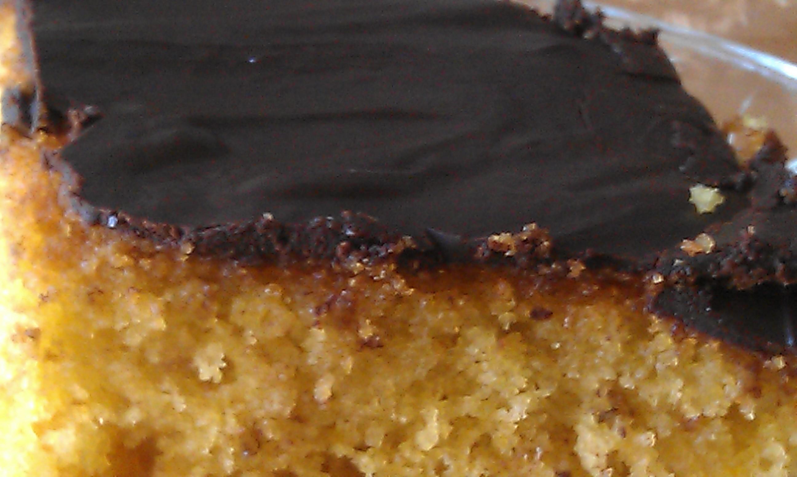 Αμυγδαλόπιτα με επικάλυψη σοκολάτας