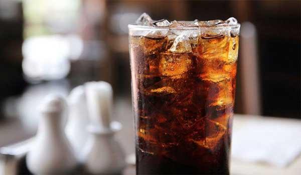 Τα πολλά αναψυκτικά σχετίζονται με αυξημένο κίνδυνο θανάτου