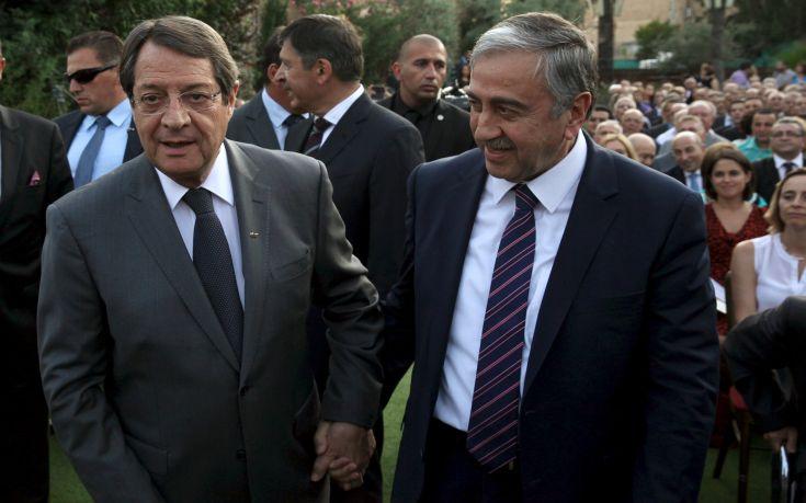 Στη σκιά των τουρκικών προκλήσεων η κρίσιμη συνάντηση Αναστασιάδη με Ακιντζί