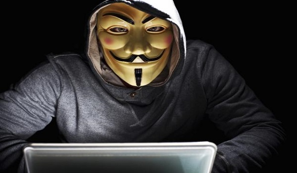 Anonymous Greece: Αυτός είναι ο «αρχηγός» των Τούρκων χάκερ - Διέρρευσαν τα προσωπικά δεδομένα