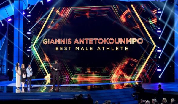Κορυφαίος άνδρας αθλητής στις ΗΠΑ ο Γιάννης Αντετοκούνμπο