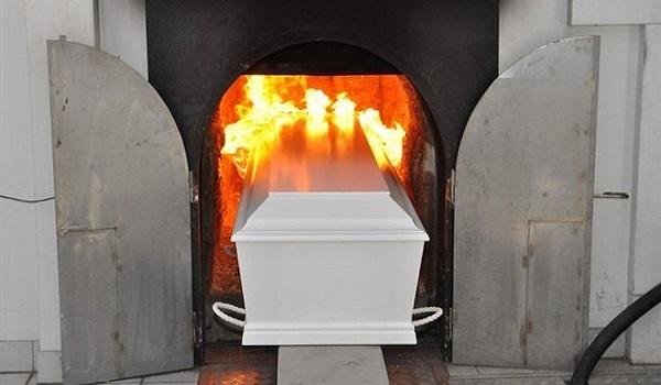 """""""Δεν θα κηδεύουμε όσους αποτεφρώνονται"""" λένε οι ιερείς της Μητρόπολης Θηβών και Λεβαδείας"""
