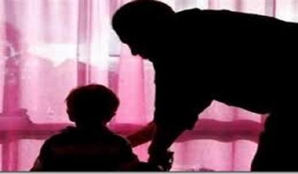 Φρίκη στην Πάτρα: Πατέρας ασελγούσε στις δύο κόρες του με νοητική υστέρηση