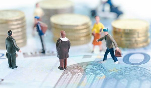 Ασφαλιστικό: Χαμηλότερες εισφορές για 2,9 εκατομμύρια Έλληνες