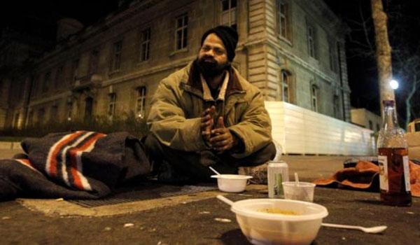 Δωρεάν ζεστή σούπα για τους άστεγους στην παγωμένη Ρωσία
